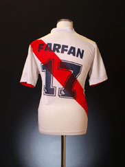 2004-06 Peru Home Shirt Farfan #17 M