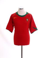 2004-06 Portugal Home Shirt M