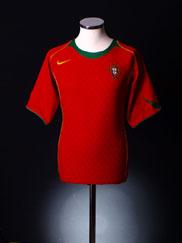 2004-06 Portugal Home Shirt *Mint* L