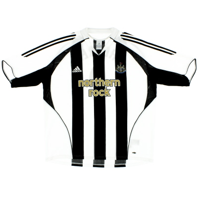 2005-07 Newcastle adidas Home Shirt L.Boys