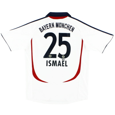 2006-07 Bayern Munich Away Shirt Ismael #25 L