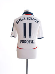 2006-07 Bayern Munich Away Shirt Podolski #11 L