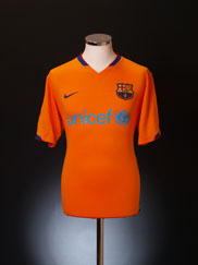 2006-08 Barcelona Away Shirt L