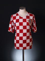 2006-08 Croatia Home Shirt S