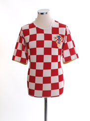 2006-08 Croatia Home Shirt M