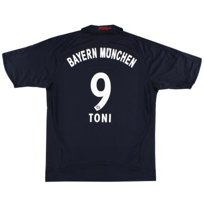 2008-09 Bayern Munich Away Shirt Toni #9 S