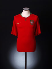 2008-09 Portugal Home Shirt S