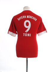 2009-10 Bayern Munich Home Shirt Toni #9 L