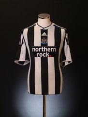 2009-10 Newcastle Home Shirt S
