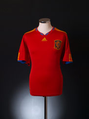 2009-10 Spain Home Shirt M.Boys