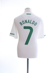 2010-11 Portugal Away Shirt Ronaldo #7 L