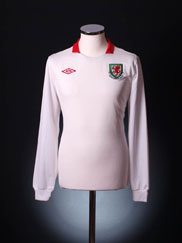 2010-11 Wales Away Shirt *As new* L/S M