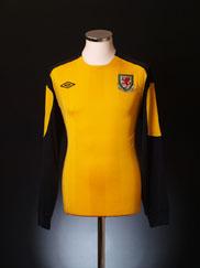 2010-12 Wales Yellow Goalkeeper Shirt L