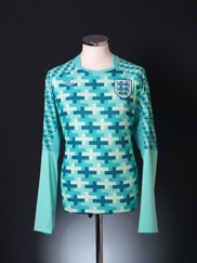 2011-12 England Goalkeeper Shirt M