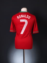 2012-13 Portugal Home Shirt Ronaldo #7 *BNWT* L