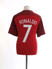 2014-15 Portugal Home Shirt Ronaldo #7 L