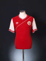 Universitario  Away baju (Original)