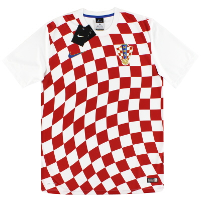 2016-18 Croatia Nike Basic Home Shirt *BNIB*