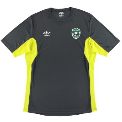2017-18 Ludogorets Razgrad Umbro Training Shirt *As New* M